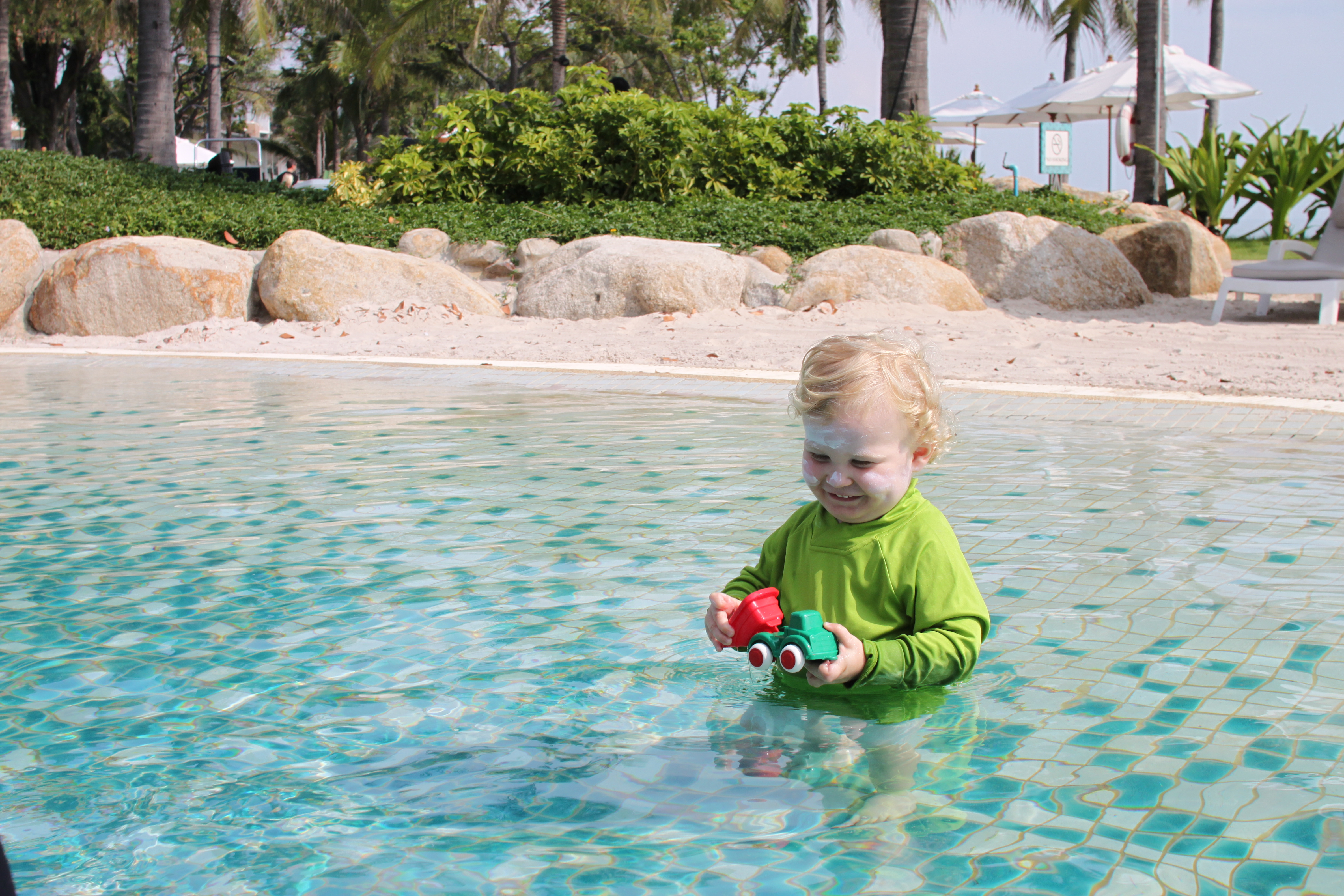 A walk in beach pool and cocktails the perfect toddler for Walk in swimming pools